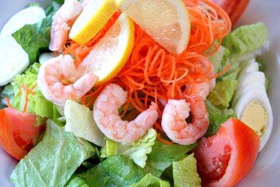 Prawn and vegetables salad