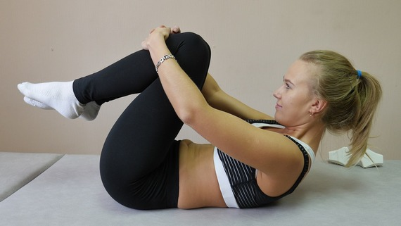 Sit ups are an effective way to strengthen tummy