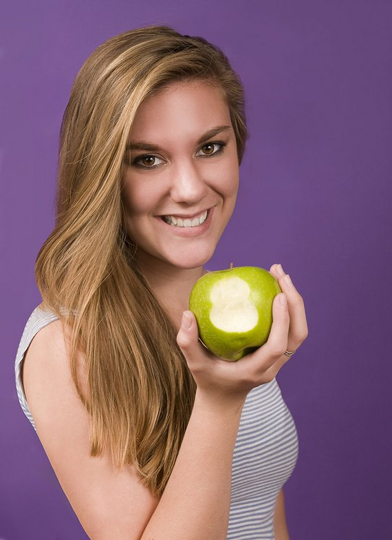 Eating an apple can help with headache